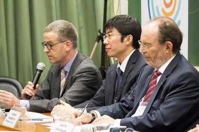 Carsten Dose, Dapeng Cai and Hernan Chaimovich