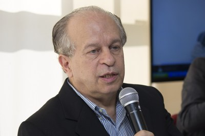 Minister Renato Janine Ribeiro