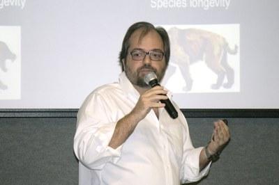 Talk with Tiago Quental, April 22